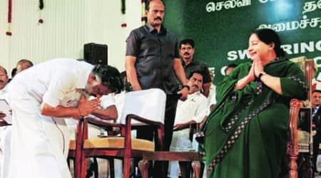 jayalalithaa, jayalalithaa CM, jaya returns, jayalalithaa returns, jayalalithaa oath, jaya oath, jaya oath ceremony, jayalalithaa swearing in, tamil nadu, panneerselvam, India news