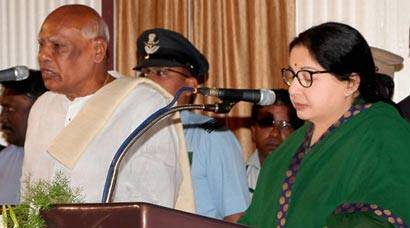 Jayalalithaa takes oath as Chief Minister for the fifth time; Rajinikanth, Sreenivasan among guests