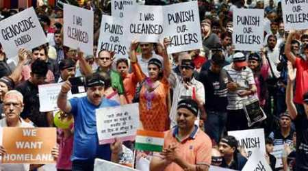 Kashmiri Pandits stage protest at Jantar Mantar, demand arrest of separatists Geelani and Malik