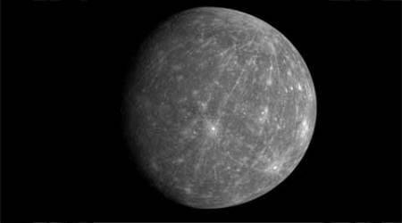 NASA's Messenger spacecraft falls from orbit, crashes into Mercury