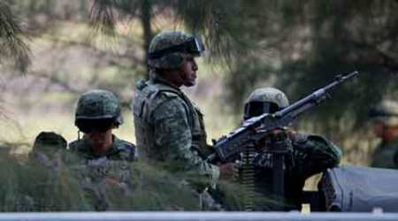 Mexico drug battle kills 43, as government hits gang hard