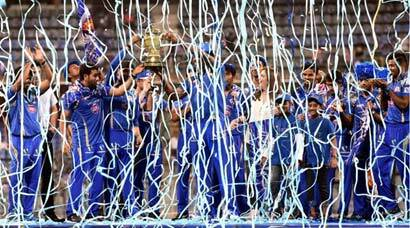 Mumbai Indians' grand celebration at Wankhede after IPL win