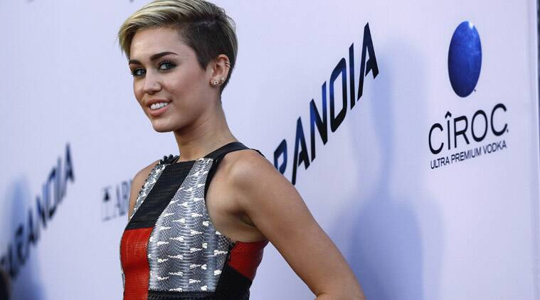 Miley Cyrus, Miley Cyrus Buys Horse Ranch, Singer Miley Cyrus, Miley Cyrus Properties, Miley Cyrus Toluca Lake MAnsion, Miley Cyrus New home, Miley Cyrus Vineyard, Hollywood, News, Entertainment news
