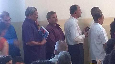 Parrikar, standing in a queue at the wedding (Courtesy: Kiran Chitnis/Facebook)