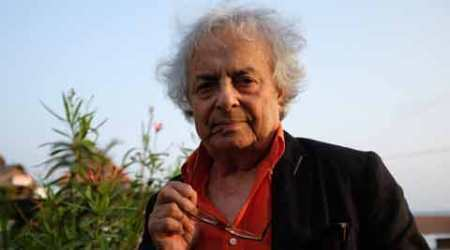 Role of poetry is to diffuse perfume against ignorance, fundamentalism:Adonis