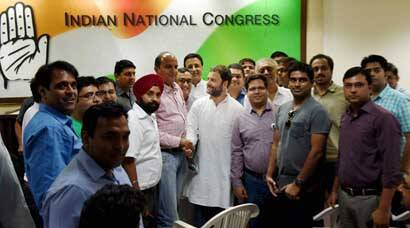 Rahul Gandhi meets home buyers, assures his support for them