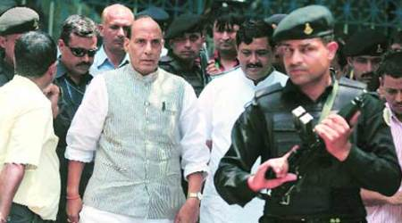 Confront those who wave Pakistan flags: Rajnath Singh in Jammu