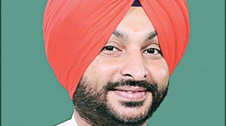 Punjab govt is playing with Sikh emotions to divert attention from farmers' suicides: Ravneet Singh Bittu