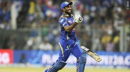 Two Indians give MI win