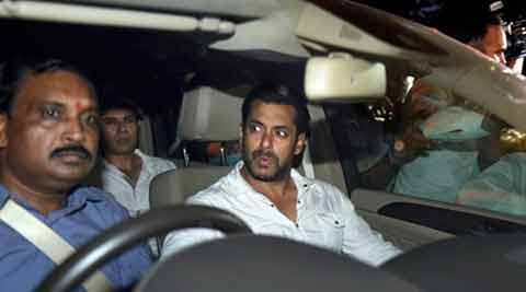 salman-in-car-480