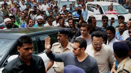 Salman Khan arrives in Mandi for sister Arpita Khan Sharma's reception