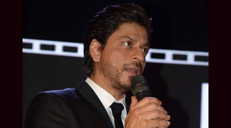 Shah Rukh Khan, SRK knee surgery,