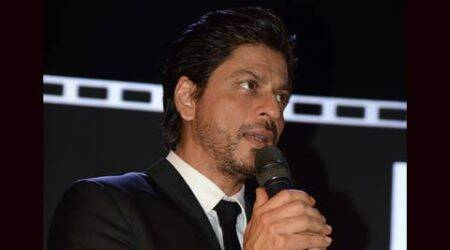 Thank you all for standing by me: Shah Rukh Khan post surgery