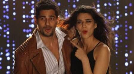 Sidharth Malhotra, Kriti Sanon's 'As I Am' music anthem becomes a rage