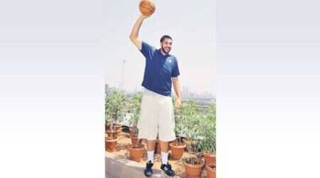 Sim Bhullar in town, to conduct basketball coaching clinic