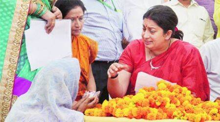 Smriti in Amethi, doles out projects