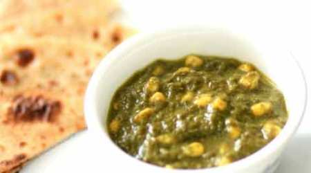 Express Recipes: How to make sweet and salty Spinach Corn Curry