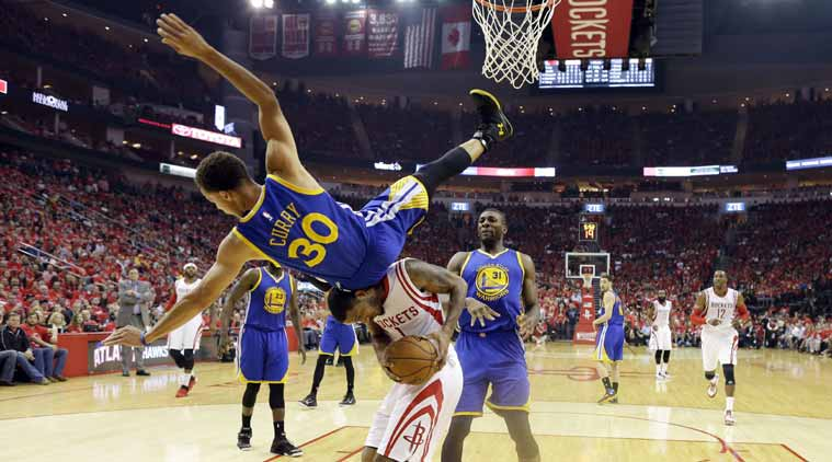 Stephen Curry suffers injury scare as Houston Rockets avoid sweep
