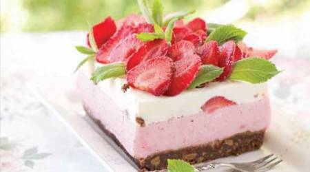Express Recipes: This Strawberry Cheese Cake will refresh your senses