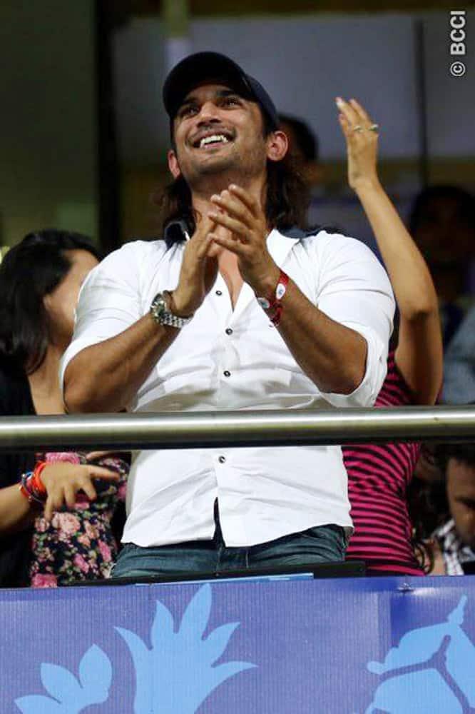 MI vs CSK, CSK vs MI, Mumbai Indians, Amitabh Bachchan, Sachin Tendulkar, Amitabh, sachin, Abhishek Bachchan, Rohit Sharma, Ritika Sajedh, Rohit Ritika, Cricket Photos, IPL Photos, MI CSK photos, IPL 8, Cricket