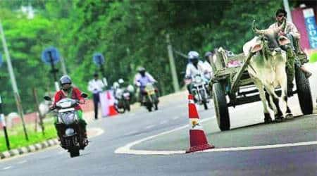 traffic hazard, delhi traffic, traffic rule, MACT, Delhi police, delhi traffic police, ATR, Delhi news, city news, local news, Indian Express