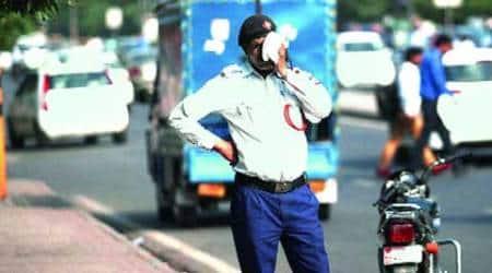 pune traffic police, action taken against police, sarang awad, pune news
