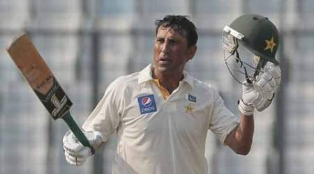 Twin tons from Younus, Azhar crush Bangladesh on Day 1, Pakistan on top