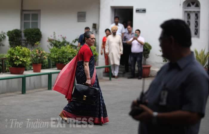 Sonia Gandhi, Congress, Inside Track, Politics,