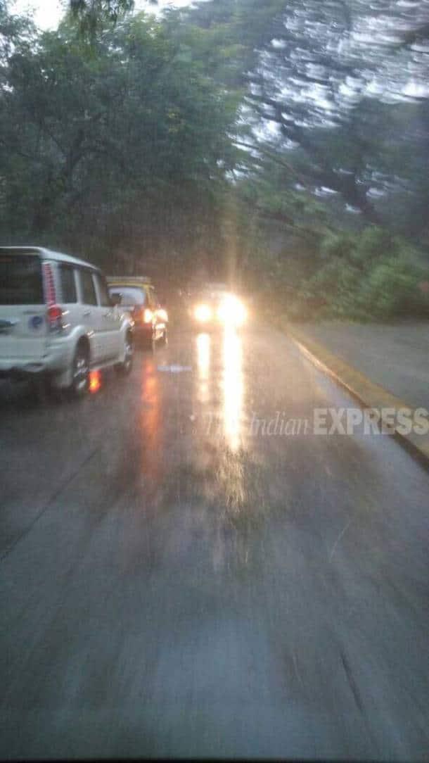 Mumbai rains, Mumbai rains today, Mumbai rains news, mumbai rains 2015, mumbai rains forecast, rain in Mumbai, harbour line, trans-harbour line, Mumbai monsoon, Mumbai rainfall