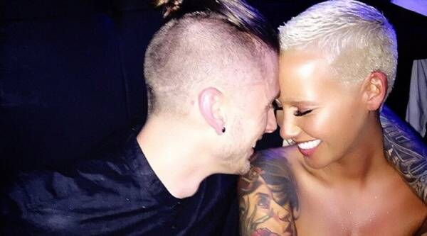 Amber Rose, Machine Gun Kelly, singer Amber Rose, Amber Rose Boyfriend, Amber Rose Machine Gun Kelly, Amber Rose in Love, Amber Rose Boyfriend Machine Gun Kelly, Amber Rose Machine gun Kelly Cozy, Amber Rose Pictures, Entertainment news