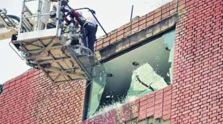 Chandigarh: Major anti-encroachment drive at Sector 17