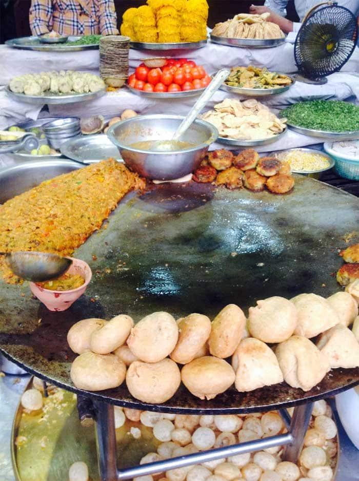 Street food in Varanasi. (Source: IANS)