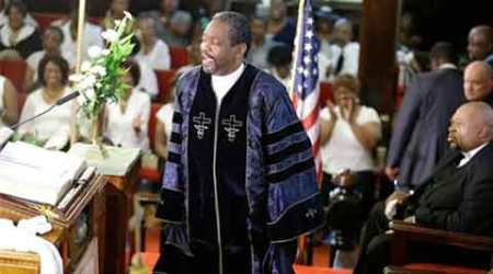 Charleston minister: 'The devil can't take yourchurch'
