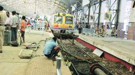 Mumbai: WR dismisses two motormen in local train overshooting incident