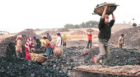 Eyeing sell-off target, govt okays 10% stake sale in CIL