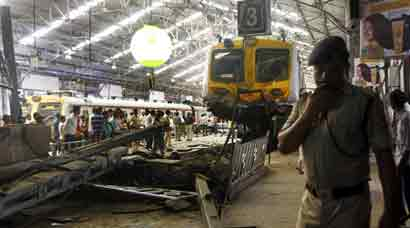 Churchgate accident: Mumbai local overshoots course