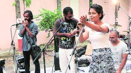 FTII protest takes new turn as artistes take the stage
