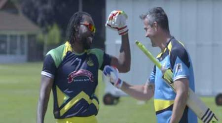 Watch: Chris Gayle beats Kevin Pietersen in a six-hitting challenge