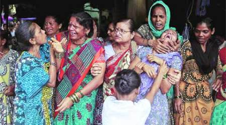 Malwani Hooch Tragedy: Police take steps to prevent slumlords from extracting money from victims' family