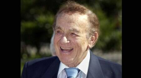 Comedian Jack Carter dies at 93