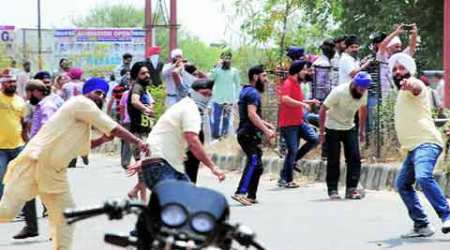 Miscreants stab constable, run away with his AK-47 rifle in Jammu amidst Sikh-policeclashes