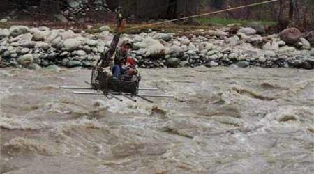 Leh floods, People rescused, British citizens rescued, Leh Tourists rescueed, Leh Trakking, Leh floods rescue, Nation news ,india news