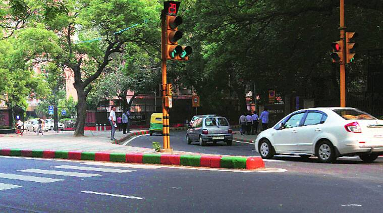 Delhi kerb stones, kerb stone delhi, NDMC, New delhi Municipal corporation, BJP, Delhi kerb stones on roads, NDMC area, Delhi govt, Delhi AAP govt, Kejriwal Govt, Delhi news, NCR news, india news, latest news