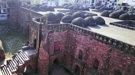 Police seal Khirki Masjid after 'unauthorised' entry