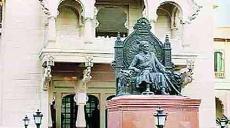 Maharashtra sadan case: ACB teams search houses of 7 accused, unearths 'disproportionate assets'