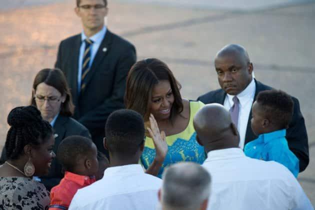 Michelle Obama, Sasha, Malia