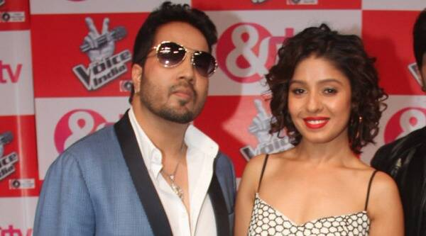 Mika Singh, Sunidhi Chauhan, Himesh Reshammiya, Shaan, The Voice India, Singer Mika Singh, Singer Sunidhi Chauhan, Mika Singh Sunidhi Chauhan, Mika Singh The Voice India, Sunidhi Chauhan The Voice India, Coach Mika Singh Sunidhi Chauhan, Entertainment news