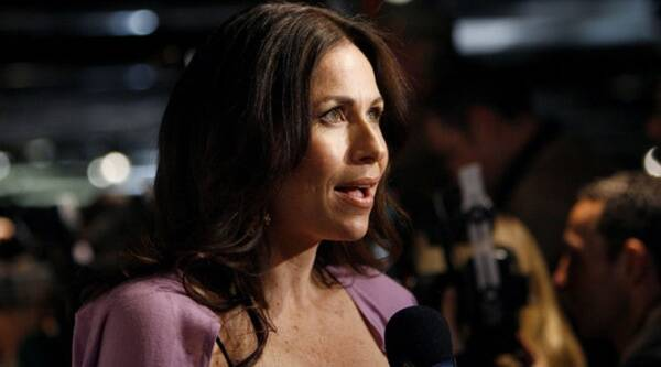Minnie Driver messes up National Anthem at LA Dodgers Game