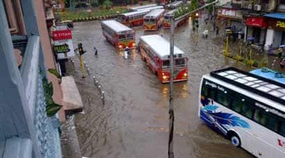 mumbai in rains, mumbai rains today, news mumbai rains, mumbai rain, mumbai heavy rains, rain in mumbai, mumbai rains latest, Mumbai, Harbour Line, Trans-Harbour Line, Mumbai news, News