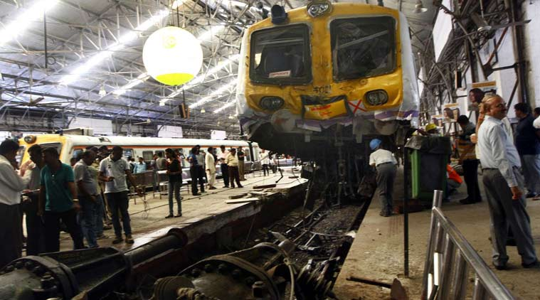 local train, mumbai local train, mumbai, churchgate, train accident, local train accident, mumbai local, cctv, cctv, mumbai, latest news